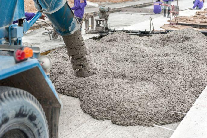 Concrete Vs. Asphalt: 4 Distinct Advantages of Concrete Paving
